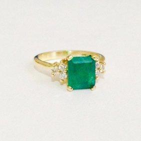 14k Yellow Gold Natural Emerald & Natural Diamond Ring
