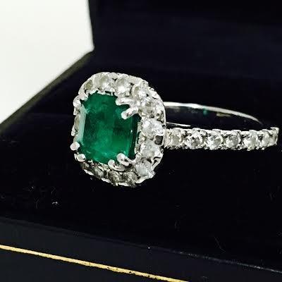 Emerald & Diamond Engagement Ring - 5