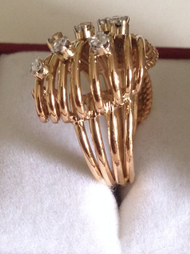 Vintage 18k Gold And Diamond Ring - 2