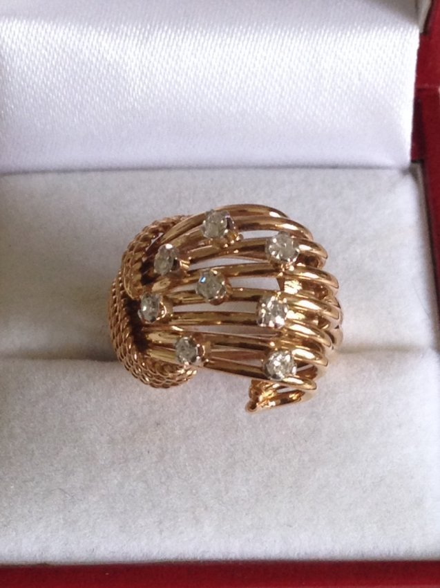 Vintage 18k Gold And Diamond Ring - 3