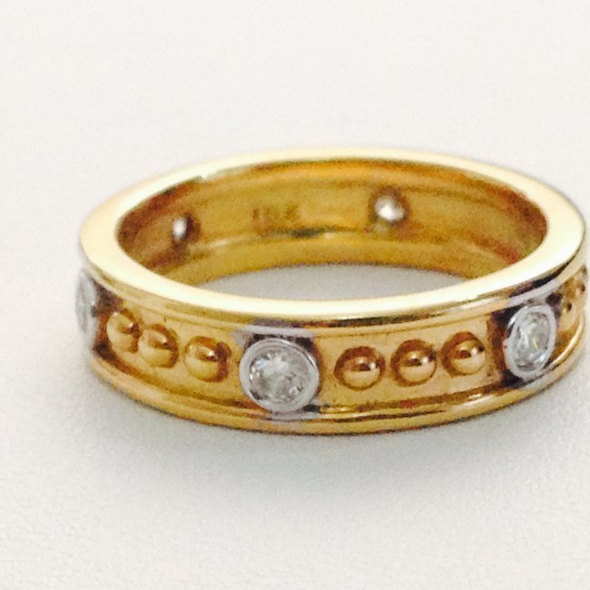 18K Gold, HIGH QUALITY DIAMOND BAND