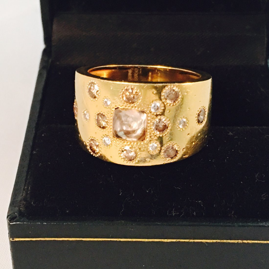 18K GOLD De beers Diamond Ring