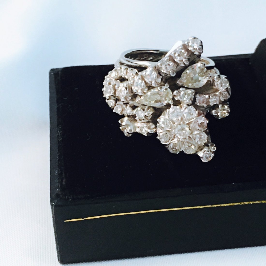 3 ct HIGH QUALITY Diamond Cluster Ring