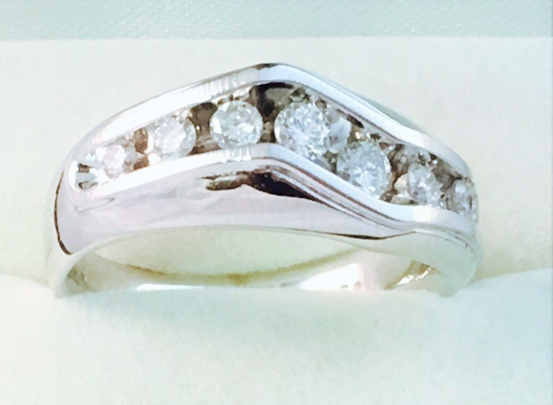 14k White Gold & Diamond Band/RING