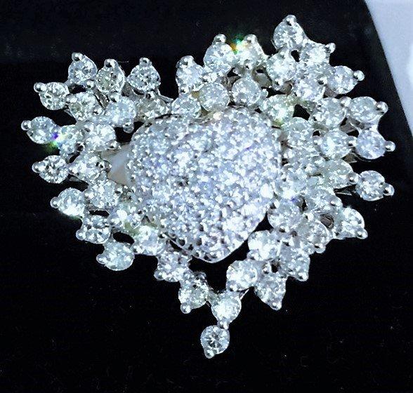 14K WHITE GOLD, 4.5 CT DIAMOND HEART RING.