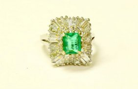 14K HIGH QUALITY COLOMBIAN EMERALD AND DIAMOND RING