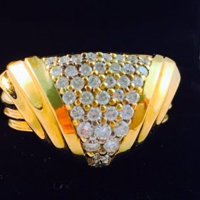 18Kt Yellow Gold and White Diamond Ring. 15.4 Grams