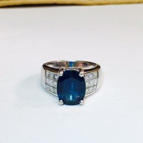 18K; 6.50 carat VVS Diamond and Blue Sapphire Ring