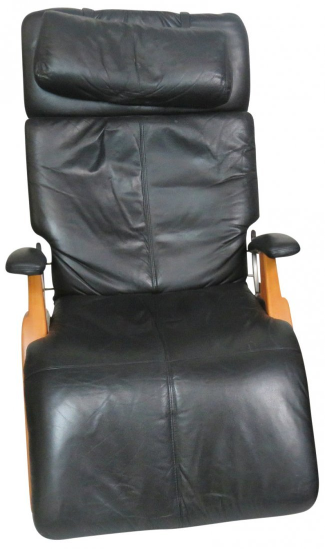 HUMAN TOUCH LEATHER ZERO GRAVITY LOUNGE CHAIRS - 4