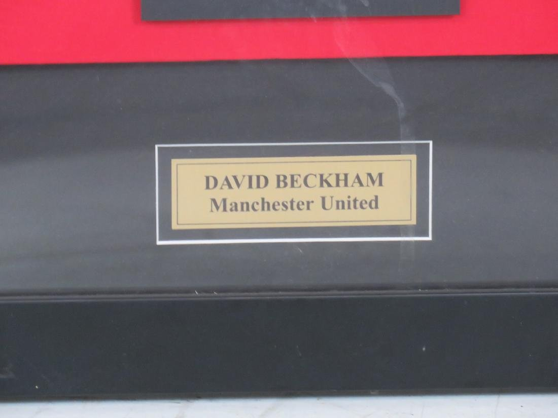 DAVID BECKHAM UNITED MANCHESTER SIGNED JERSEY - 2