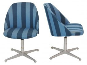 Pair Knoll Modern Design Upholstered Lounge Chairs