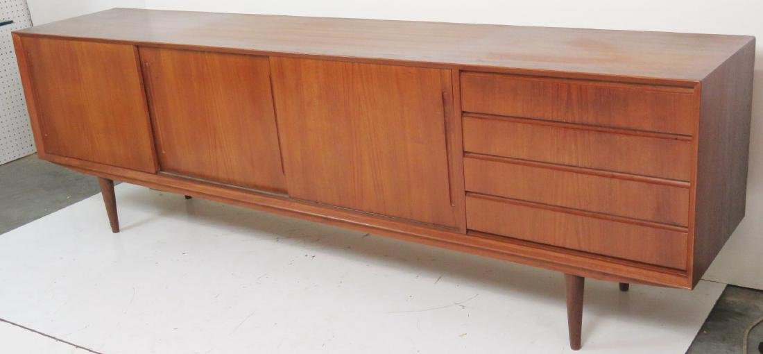 DANISH MODERN TEAK SLIDING DOOR SIDEBOARD - 2