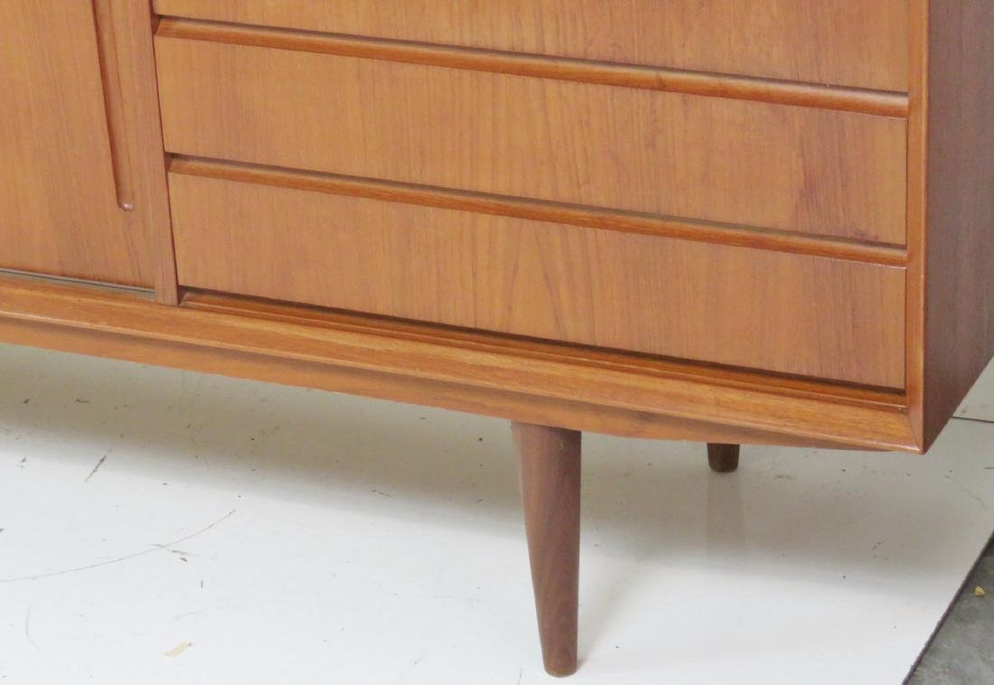DANISH MODERN TEAK SLIDING DOOR SIDEBOARD - 3