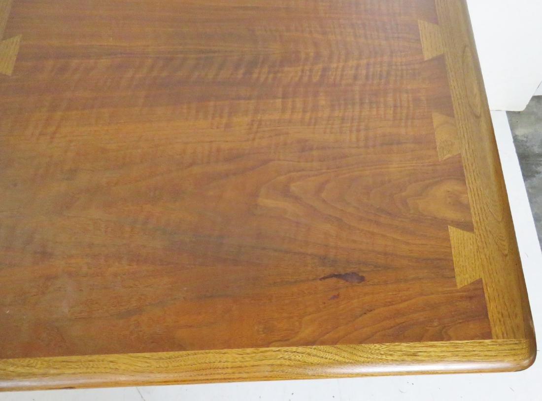 Pair MODERN DESIGN LANE END TABLES - 6