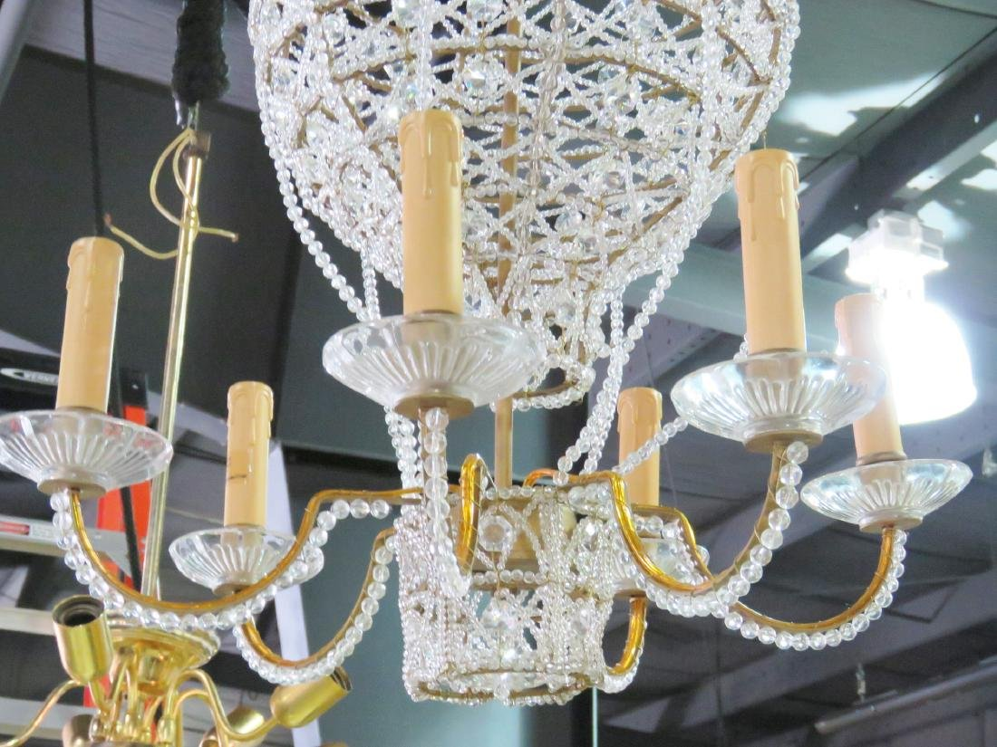 HOT AIR BALLOON FORM CHANDELIER - 2