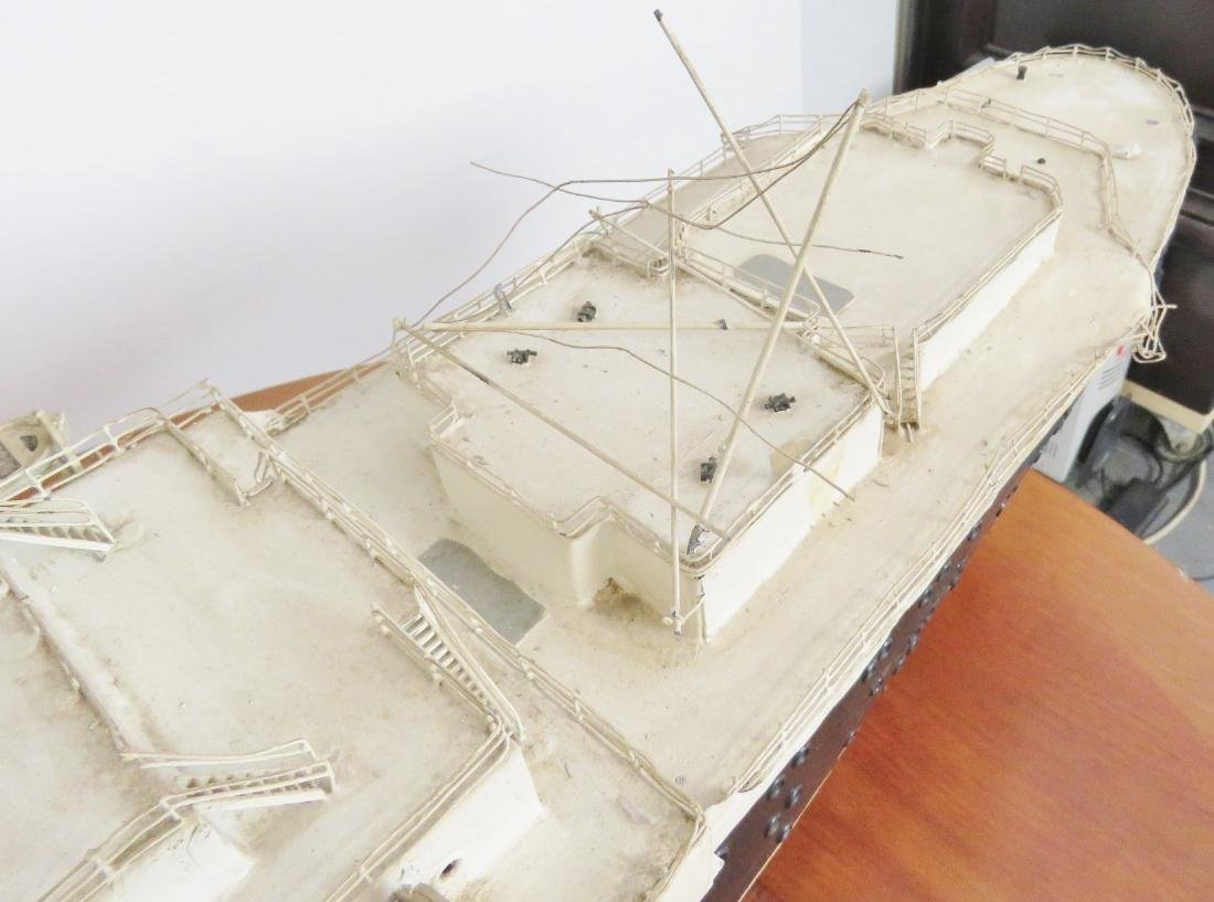 MODEL of THE U.S.S. UNITED STATES - 10