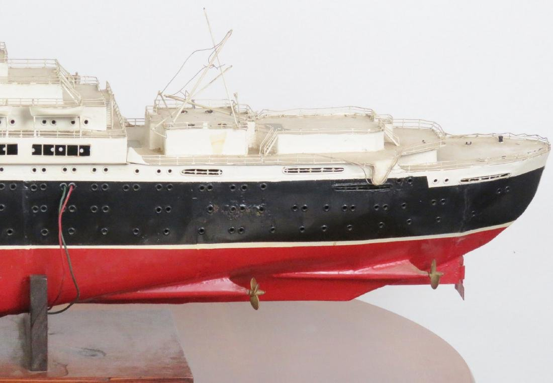 MODEL of THE U.S.S. UNITED STATES - 8