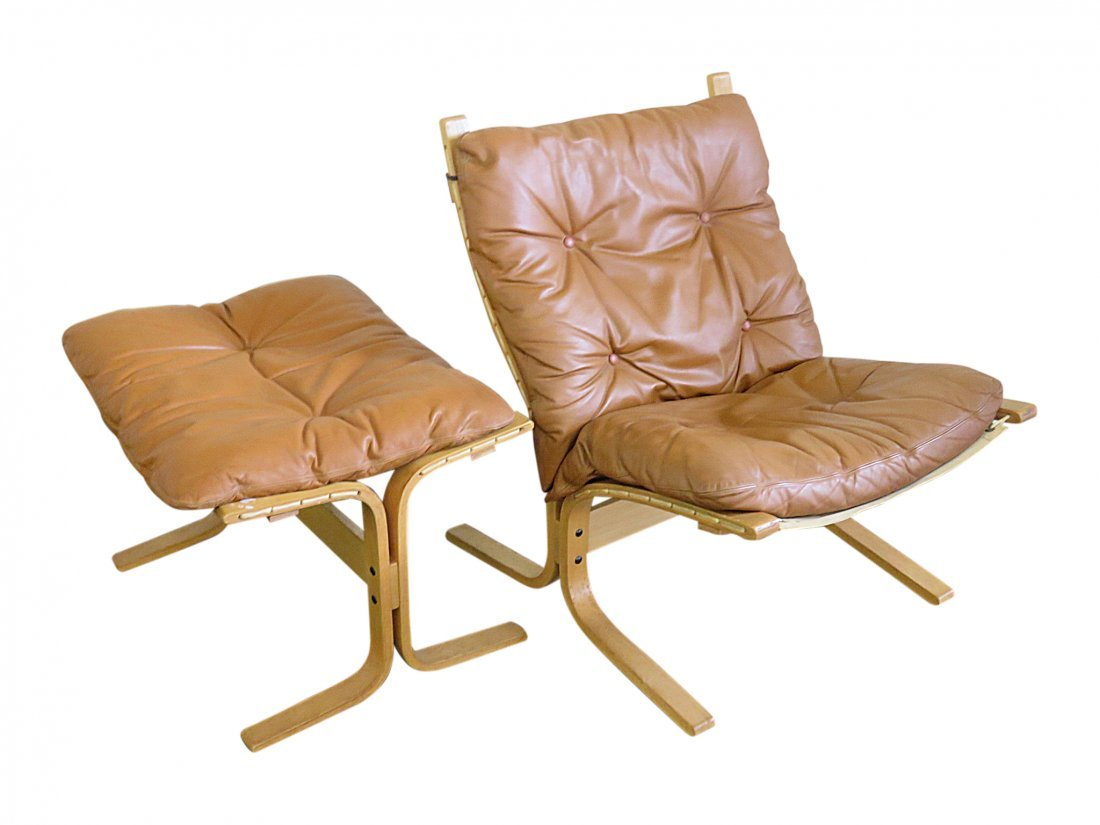 WESTNOFA STYLE BENTWOOD CHAIR & OTTOMAN