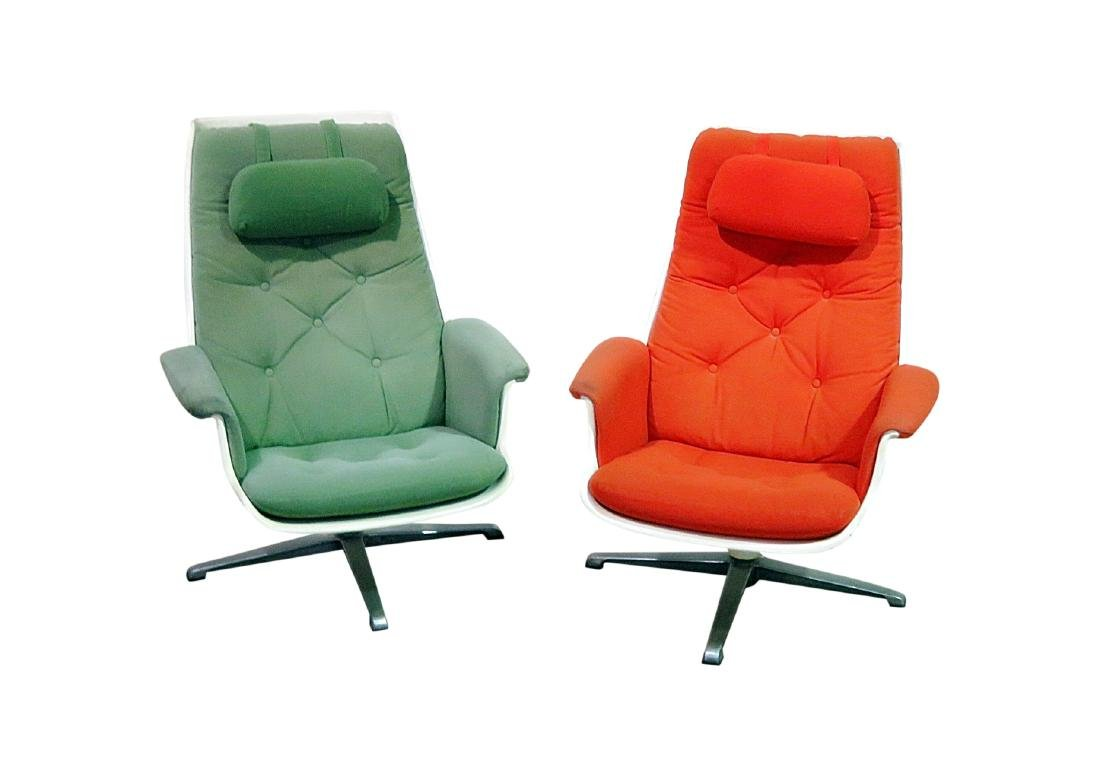 COMPANION PAIR EAMES STYLE LOUNGE CHAIRS