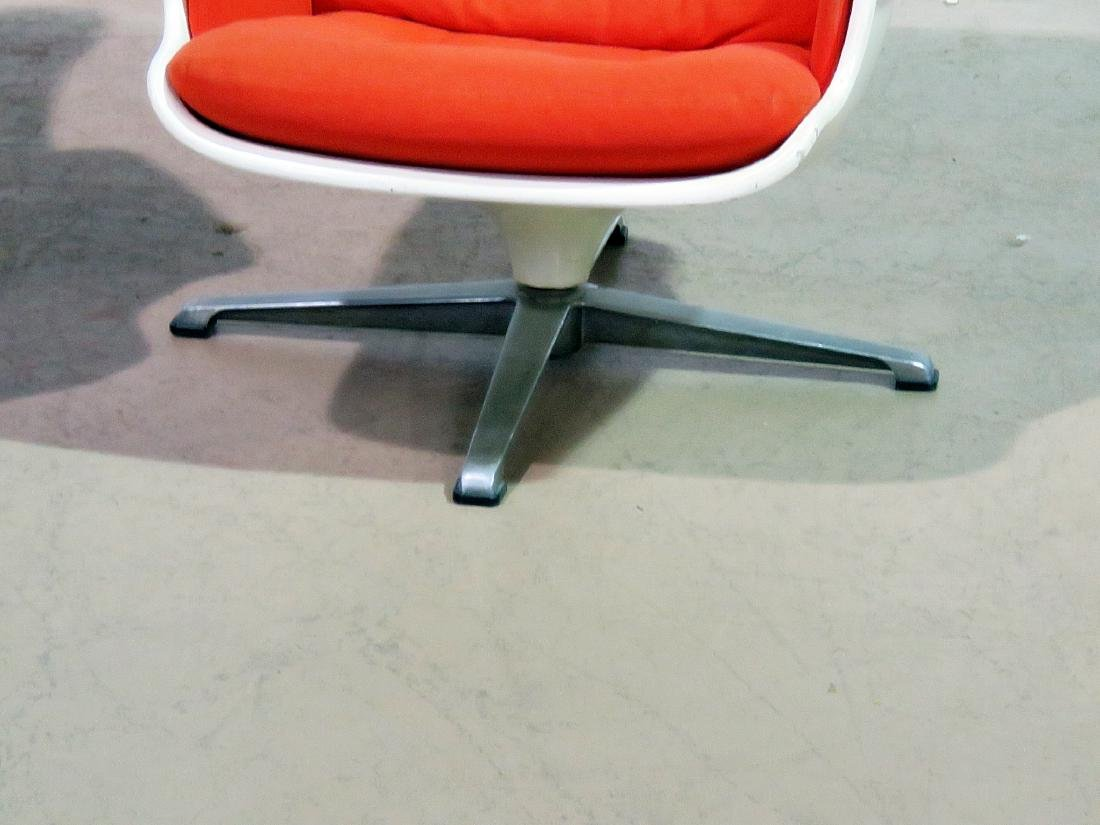 COMPANION PAIR EAMES STYLE LOUNGE CHAIRS - 2