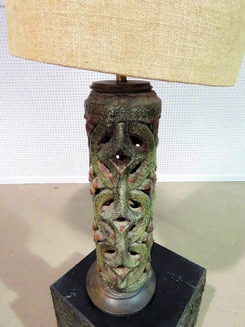 ITALIAN POTTERY BRUTALIST STYLE LAMP - 3