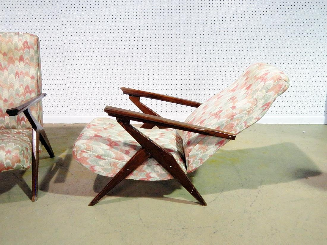 Pair Z STYLE LOUNGE CHAIRS - 10
