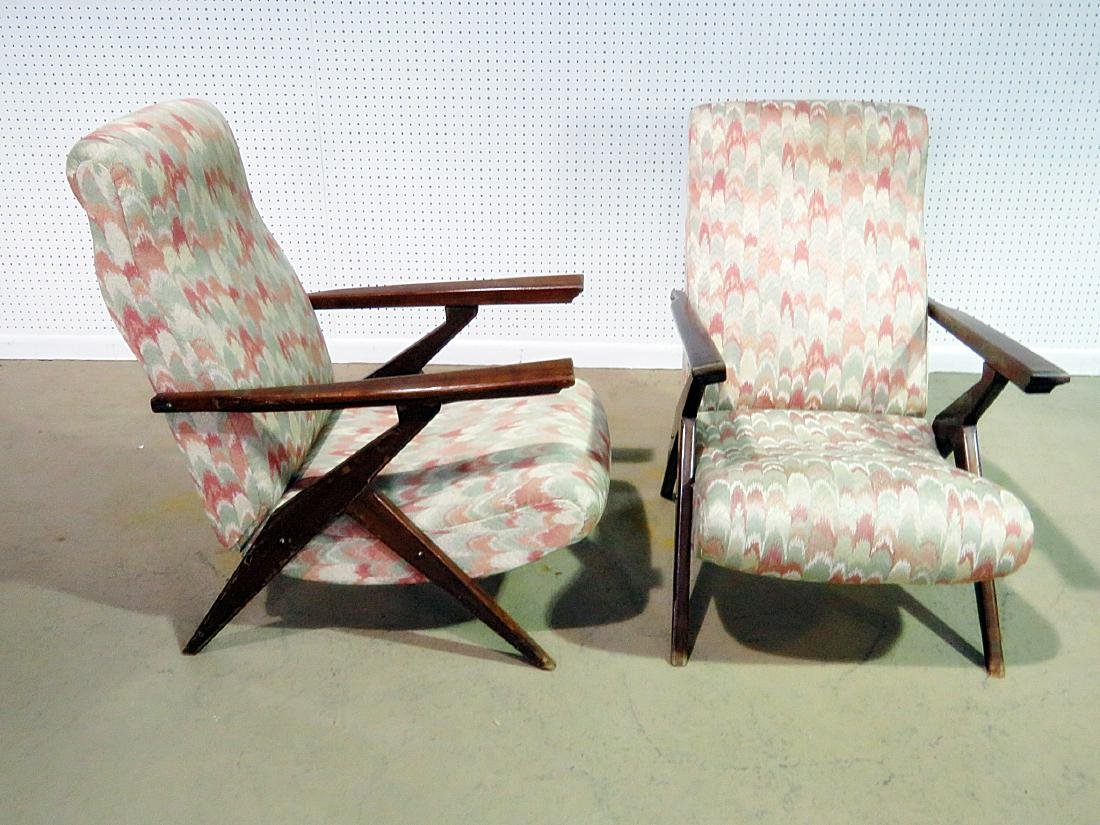 Pair Z STYLE LOUNGE CHAIRS - 3