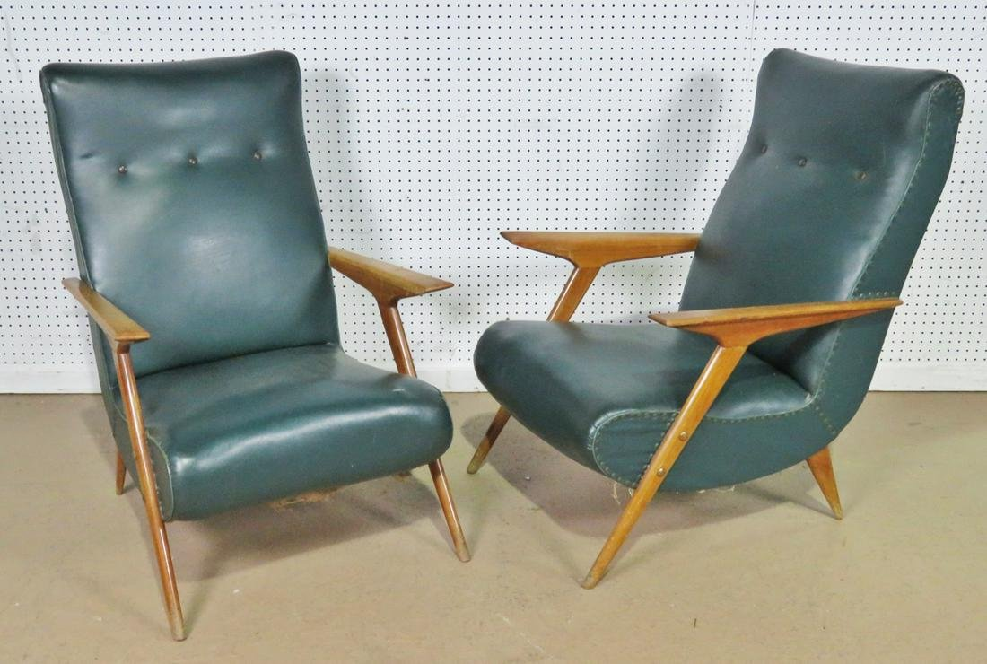 PAIR METAL ITALIAN METAL LEG LOUNGE CHAIRS