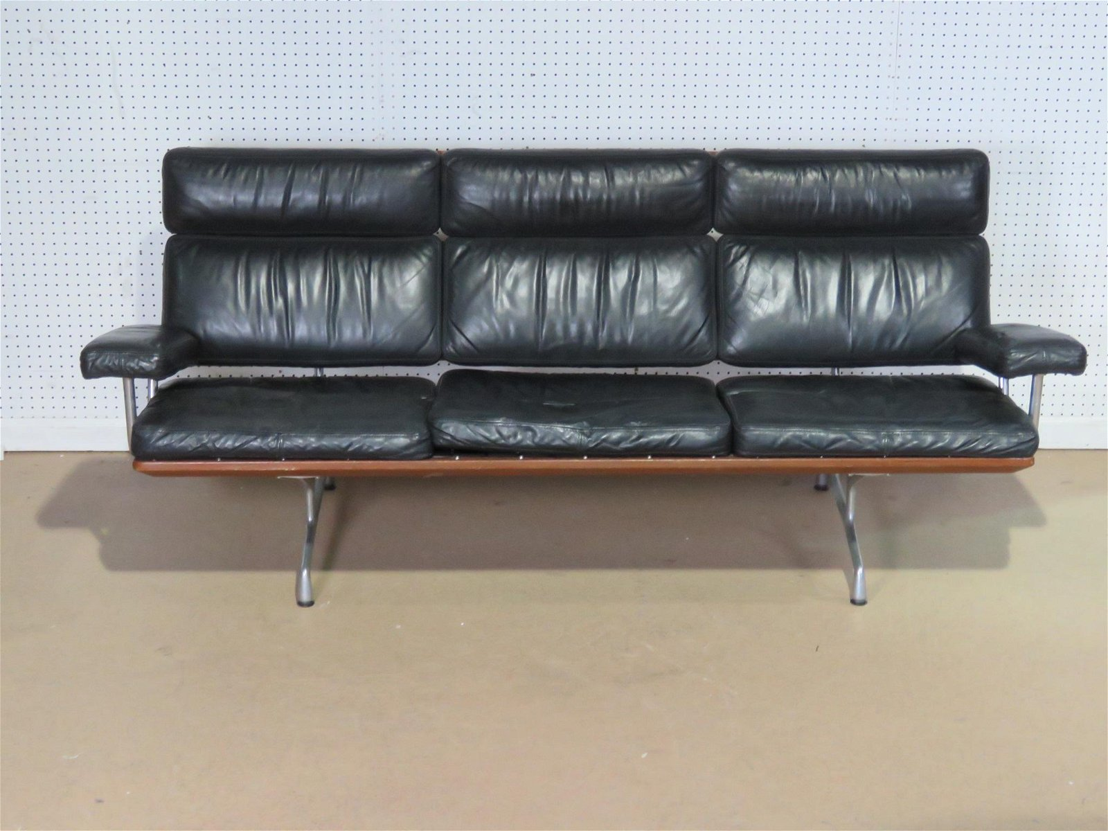CHARLES E RAY EAMES 'ES 108' RARE SOFA FOR HERMAN MILLE