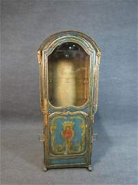 ANTIQUE CONTINENTAL SEDAN CHAIR