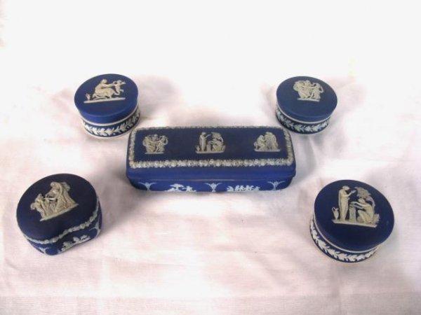 15: 5 WEDGWOOD BLUE DIP JASPER DRESSER BOXES
