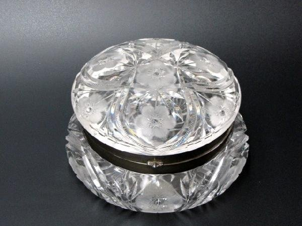 1: AMERICAN BRILLIANT CUT GLASS POWDER PUFF BOX