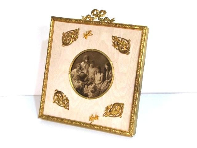 24: FRENCH BRONZE PICTURE FRAME
