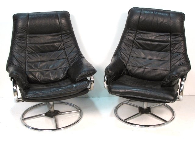 Pair MODERN CHROME LOUNGE CHAIRS