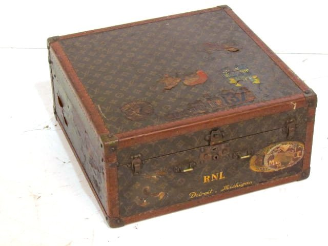 LOUIS VUITTON HARD SHELL SQUARE SUITCASE