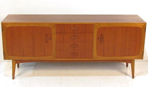DANISH TEAK LOW SIDEBOARD