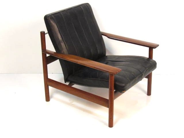 SVEN IVAR DYSTHE ROSEWOOD & LEATHER LOUNGE CHAIR