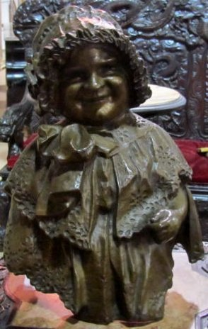 BRONZE of a SMILING WOMAN