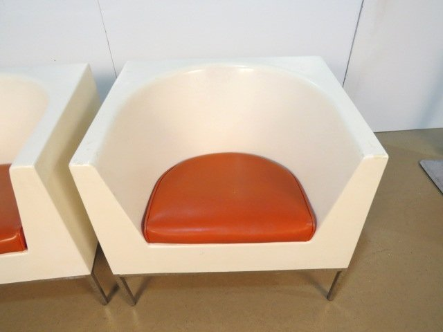 Pair MASSIMO VIGNELLI PLASTIC CUBE LOUNGE CHAIRS - 2