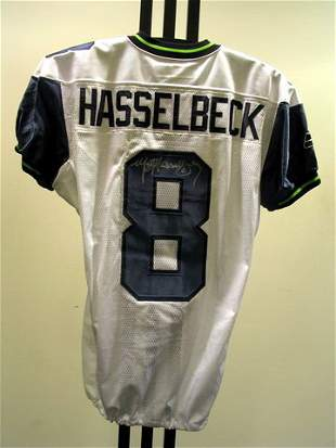 NFL - HASSELBECK Autod Game Used Jersey