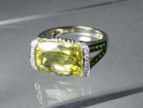 A Ladies' 14 Karat White Gold and Citrine Ring