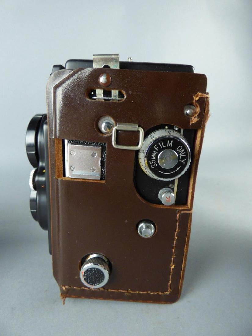 Three Vintage Twin Lens Reflex Cameras - 3