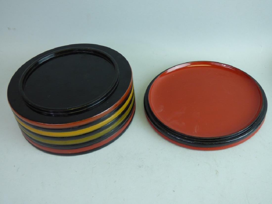 Two Polychromed Lacquered Boxes - 4