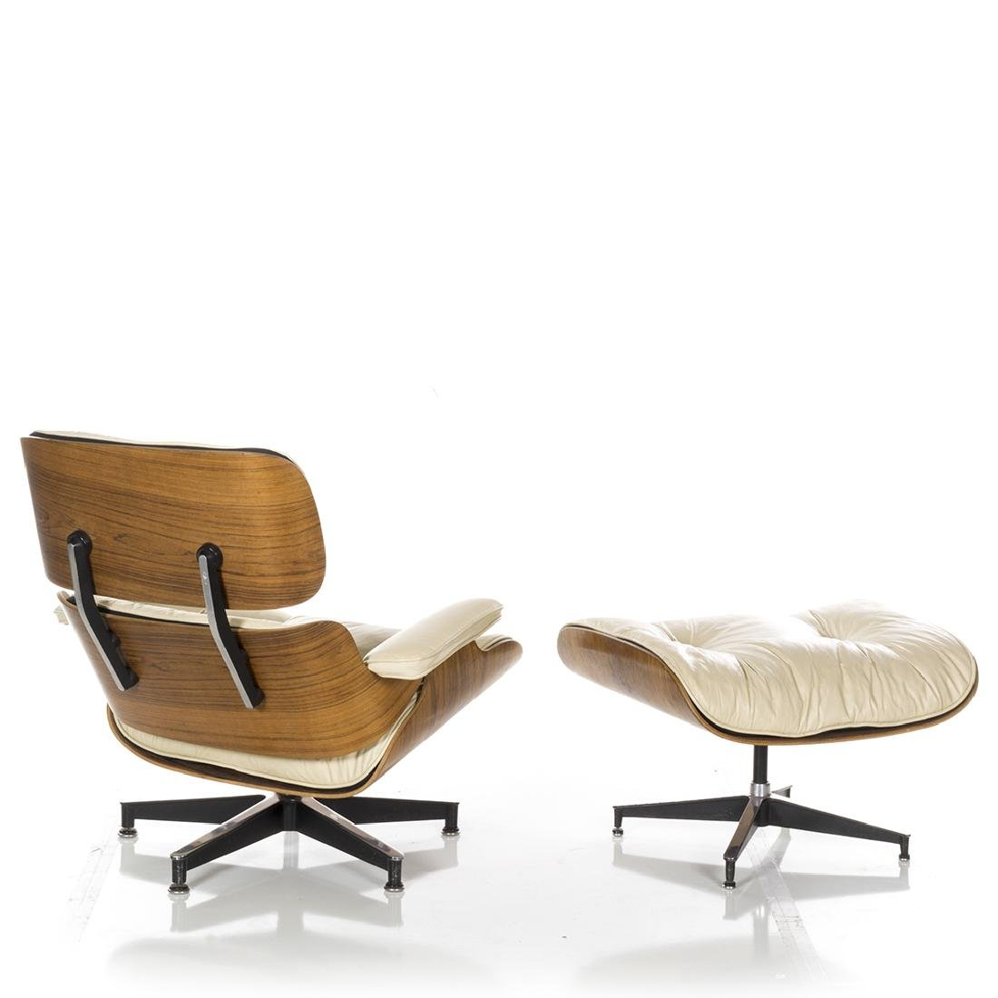 Charles Eames Lounge Chair and Ottoman - 5