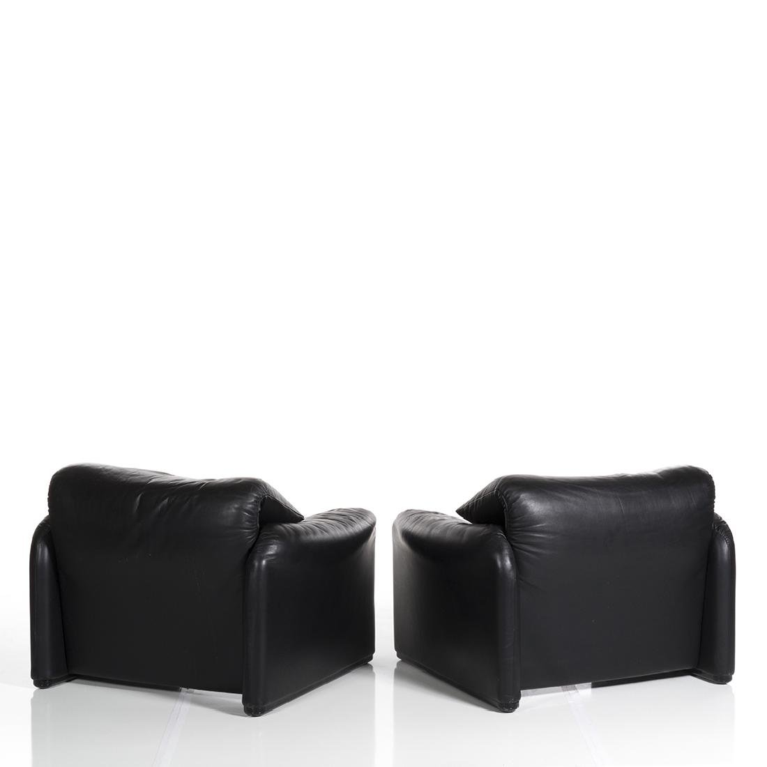 Vico Magistretti Maralunga Chairs and Ottoman (3) - 5