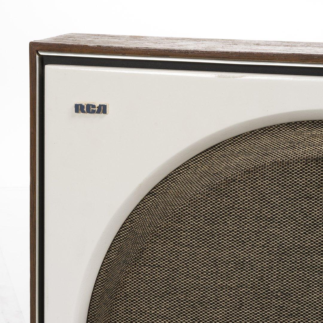Vintage RCA Stereo With Satellite Speakers - 4