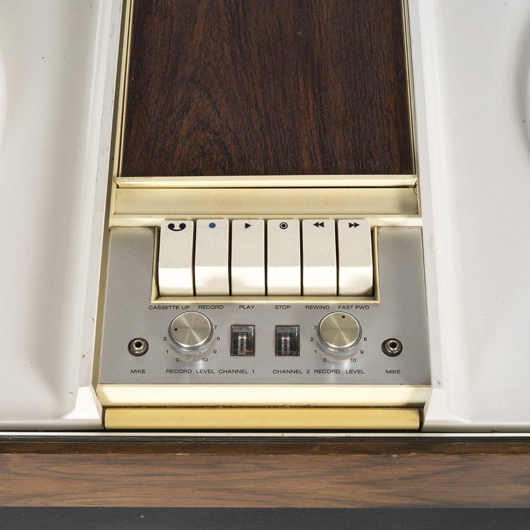 Vintage RCA Stereo With Satellite Speakers - 8