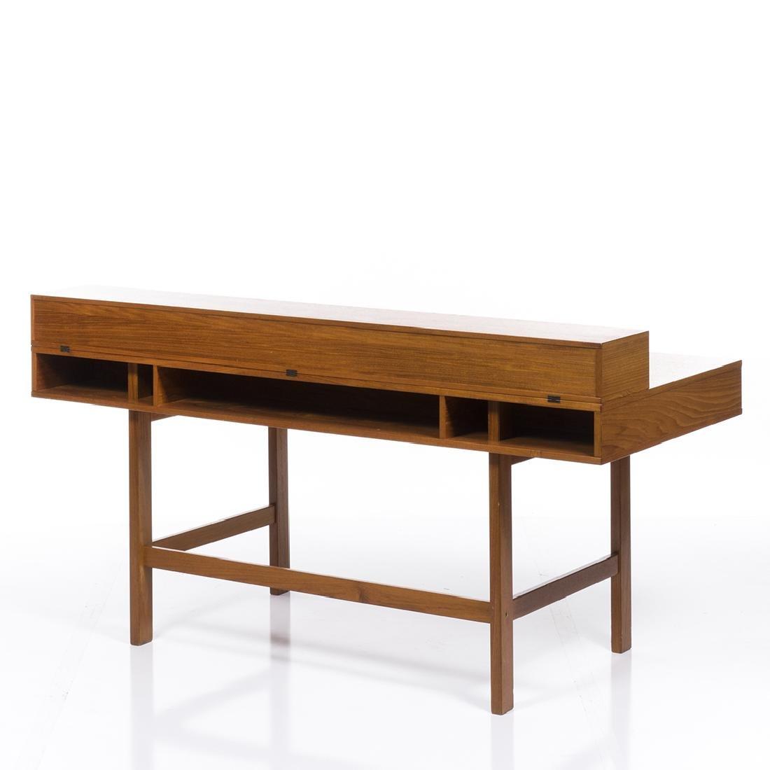 Peter Lovig Nielsen Desk - 4