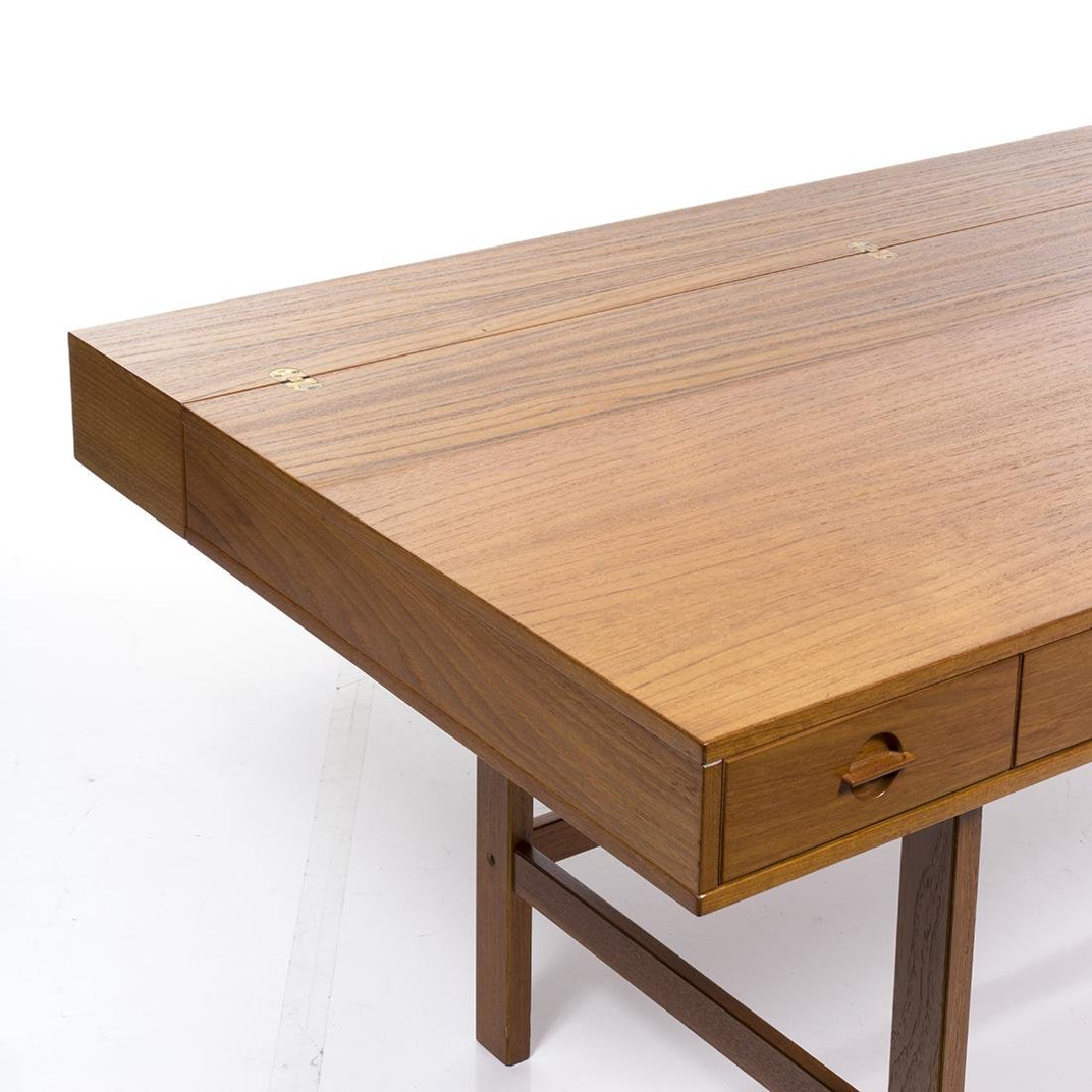 Peter Lovig Nielsen Desk - 5
