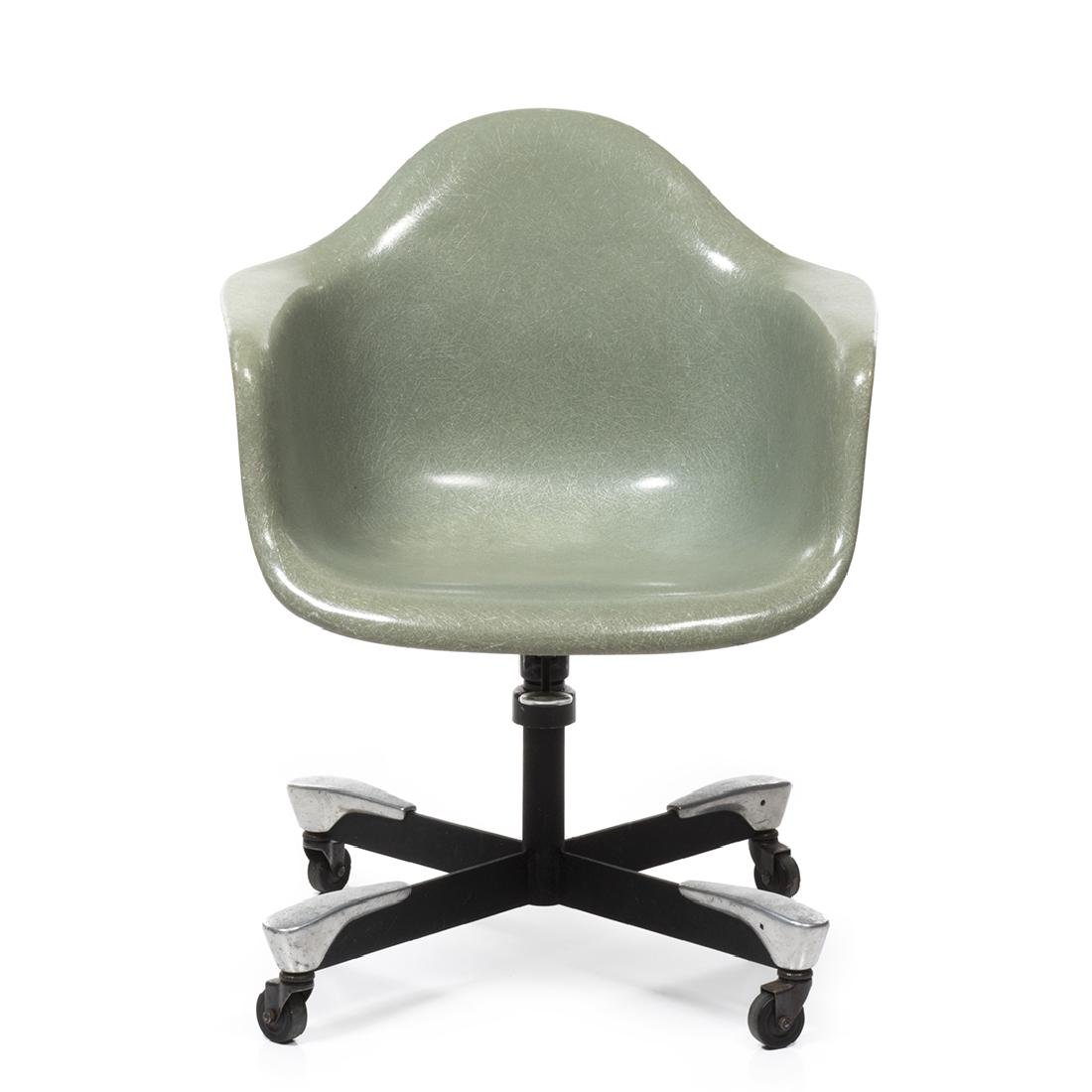 Charles Eames DAT-1 Chair